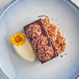 Torta de Chocolate con Cremoso de Cacao