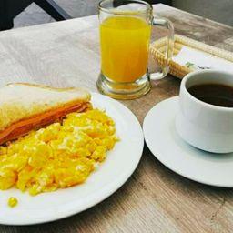 Desayuno Jaru