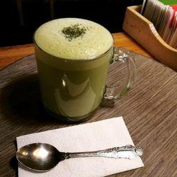 Latte Té Verde Pequeño
