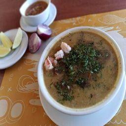 Sopa Mixta con Concha