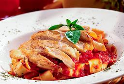 Fetuccine Chicken Marinara