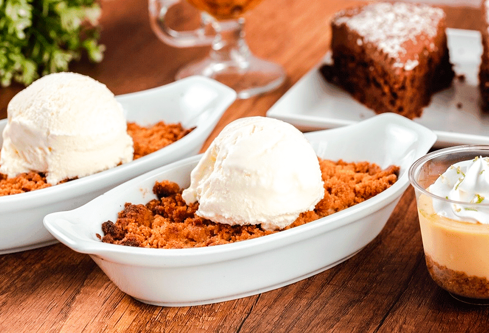 Apple Crisp con Helado