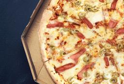 Pizza Jamón y Aceitunas Verdes
