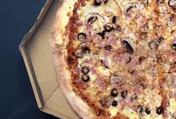Pizza Tocino, Champiñones y Aceitunas Negras
