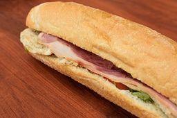 Pollo César sándwich
