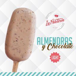 Paleta Almendra y Chocolate Light