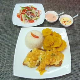 Filete de Pescado en Salsa de Camaron