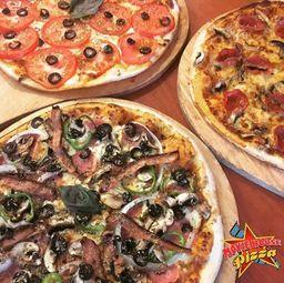 Movie House Pizza